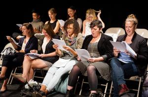 Ivana Müller « L'absence d'artistes sur scène ne signifie pas que le théâtre devient immatériel. »