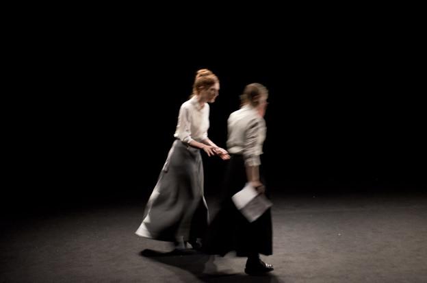 """Cie Louis Brouillard Théatre National de Belgique Théâtre de l'Odéon 2013-2014""""Une année sans été"""" de Catherine Anne mise en scène Joël Pommerat"""