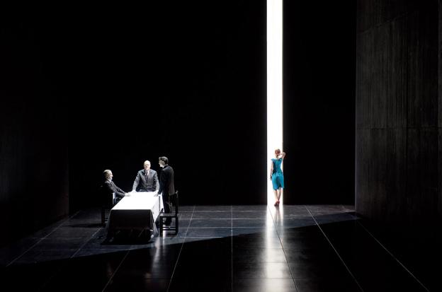 """2014-15 Opéra Comique""""AU MONDE""""  OPÉRA de Philippe Boesmans sur un livret de Joël Pommerat d'après sa pièce éponyme."""